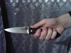 В Удмуртии псих зарезал двух соседей, пырнул ножом сожителя матери и порезал себе шею