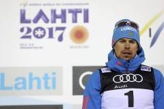 Устюгов стал победителем скиатлона на ЧМ по лыжным видам спорта