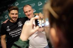 Евгений Савин отметил с болельщиками «Краснодара» день рождения клуба и исторический выход в 1/8 финала Лиги Европы