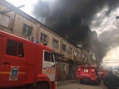 Пожар в производственном здании на ул. Кожевенной в Краснодаре локализован