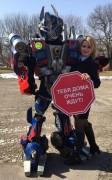 В Ставропольском крае актеры театра ростовых кукол провели фотоакцию «Сложности перехода»