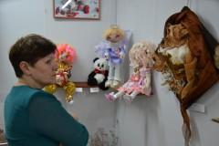 В Невинномысске открылась выставка «Люди и куклы»
