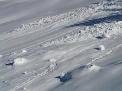 Спасатели обнаружили седьмого погибшего под лавиной на горе Чегет в КБР