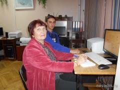 В Невинномысске пенсионеров обучают компьютерной грамотности