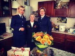 Ставропольские следователи поздравили поздравили женщину-ветерана Великой Отечественной войны с 8 Марта