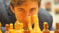 Школьник из Крыма сыграл с Карякиным вничью