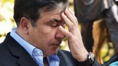 Саакашвили бросил трубку, испугавшись журналистов
