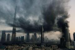 Сильный пожар произошел в Дубае в строящемся небоскребе