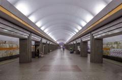 В Петербурге станцию «Улица Дыбенко» закрыли из-за бесхозного предмета