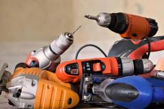 Двое жителей Белоглинского района украли электроинструменты у владельца магазина