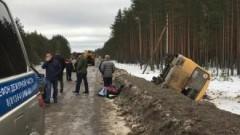 Под Петербургом столкнулись микроавтобус и фура, пострадали 12 человек