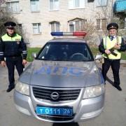 Буденновские автоинспекторы оказали доврачебную помощь женщине, потерявшей сознание на улице