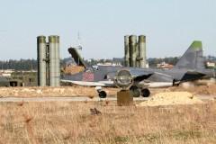 Сирия переместила свои самолеты ближе к российской базе?