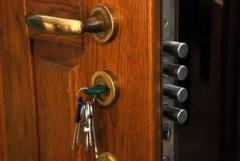 В Сочи мужчина обвиняется в квартирной краже
