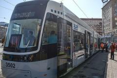На востоке Москвы неизвестные обстреляли трамвай