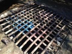 Выявлены места сброса краски в реку Сочи