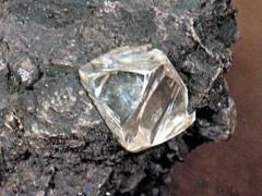 Под Петербургом обнаружены залежи алмазов в 20 млн карат