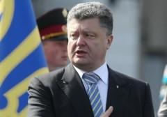 """Порошенко заявил, что украинцы могут прожить без """"подконтрольных КГБ-ФСБ"""" российских соцсетей"""
