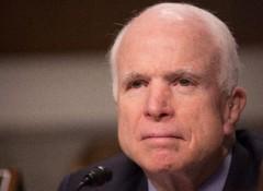 """Маккейн назвал Лаврова """"марионеткой бандита и убийцы"""""""