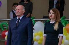 Николай Долуда посетил торжественную линейку в краснодарской школе № 99