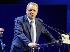 Министра Франции Ришара Феррана подозревают в финансовых махинациях