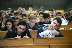 Порошенко разрешил абитуриентам из Крыма поступать в украинские вузы
