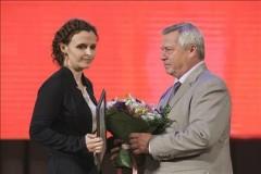Донской губернатор вручил награды лучшим медикам