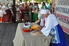 Фестиваль вареников «Навары, мылая» собрал 10 тысяч участников и зрителей