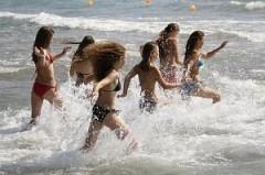 До конца лета на Черном и Азовском морях отдохнут более 2,2 тыс. кубанских детей-сирот