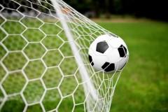 В Гулькевичском районе прошел матч 11-го тура краевого первенства по футболу «Венец» — «Локомотив»