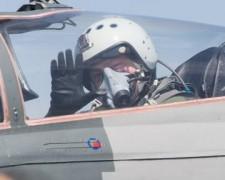 Порошенко совершил полет на истребителе МиГ-29