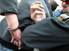В Красноярском крае две женщины и подросток избили полицейского