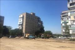 В Донецке начались работы по благоустройству дворовой территории площадью 2 га