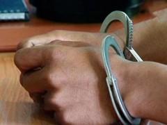 В Азове задержаны трое подозреваемых в уличном грабеже