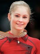 Олимпийская чемпионка фигуристка Юлия Липницкая завершила карьеру