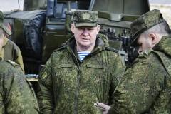 В Заполярье командующий ВДВ Андрей Сердюков попал в ДТП