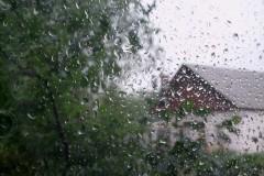 МЧС предупредило о ливнях и порывистом ветре на Кубани