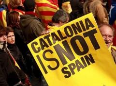 Мадрид требует от Каталонии прояснить вопрос о независимости