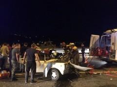 В Сочи в результате ДТП водитель оказался зажат в салоне автомобиля