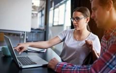 Опрос: Выпускниц привлекает сфера ИТ из-за перспектив, высокого заработка и возможности уехать за границу