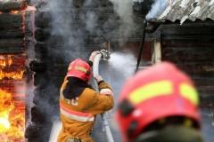 В Мурманской области сотрудница Почты России спасла детей на пожаре