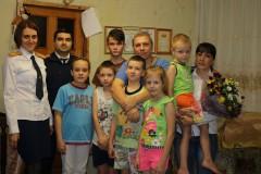 Ко Дню матери в следственном управлении СКР по Ставропольскому краю организована социально-информационная акция «Всем мамам - поклон!»