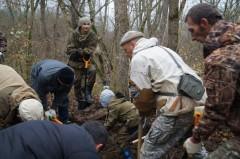 В лесах Крымского района Кубани найдена могила летчика-героя