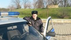 В Краснодаре сотрудник Росгвардии оказал медпомощь пострадавшей в ДТП