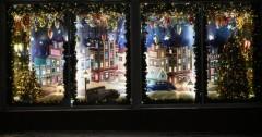 В Невинномысске стартовал конкурс на лучшее новогоднее оформление витрин и фасада здания