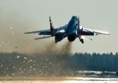 В Армении российские летчики уничтожили аэродром условного противника
