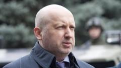 Турчинов сообщил, почему Украина не может объявить войну России