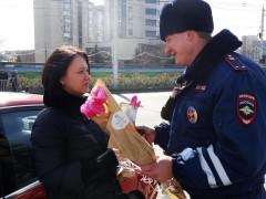 На Ставрополье «Цветочные патрули» возглавили главные автоинспекторы региона