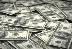 Впервые с 2016 года доллар превысил отметку в 62 рубля