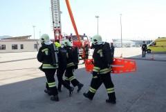Сочинские спасатели и пожарные продемонстрировали новейшие технологии спасения